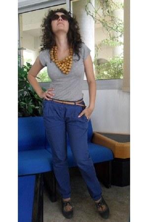 brown wooden beads DIY necklace - heather gray cotton Ralph Lauren shirt