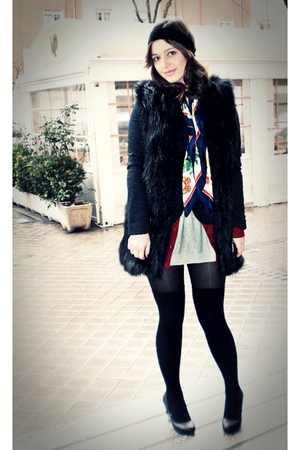 black fur Zara vest - black H&M shoes - mums closet vintage scarf