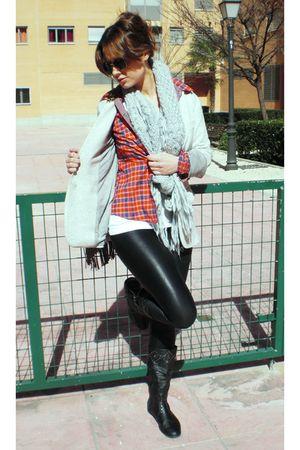 gray Zara blazer - black Zara leggings - black boots - red Zara shirt - silver Z