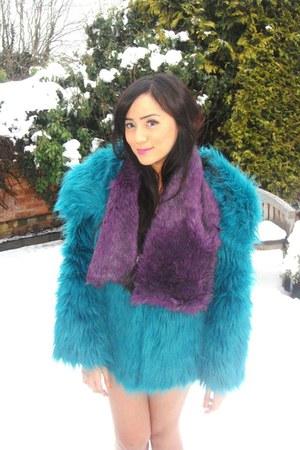 vintage fur Gucci jacket - Gucci scarf