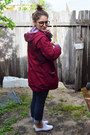 Navy-levis-jeans-maroon-parka-op-shopped-jacket