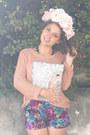 Light-pink-knit-supre-jumper-silver-house-of-cards-bag
