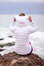 White-puffer-lululemon-jacket