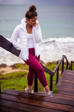 white puffer Lululemon jacket