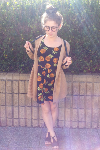 camel Country Road cardigan - black pineapple print muui dress