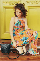 black vintage bag - orange dress - black betts heels