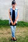Ripped-jeans-toetip-pumps-light-blue-denim-vest-black-wallet