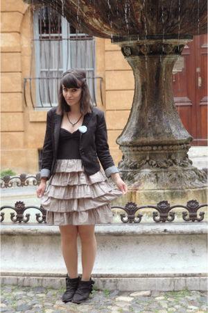 beige H&M dress - black H&M blazer - green la valise  pois accessories