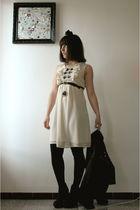 black SIX accessories - beige Primark dress