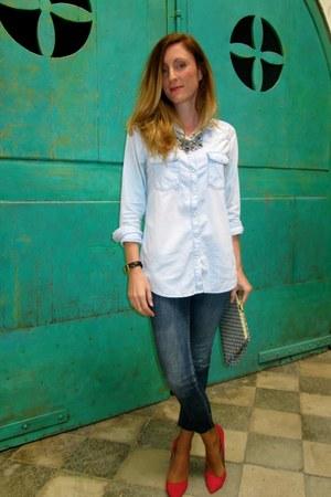 navy Stradivarius jeans - light blue Stradivarius t-shirt - hot pink Zara heels