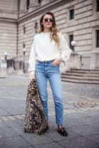 black mules Gucci flats - beige leopard print Mango coat