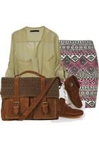 brown fringe 50 Minnetonka boots - beige chiffon 15 VJ- Style shirt