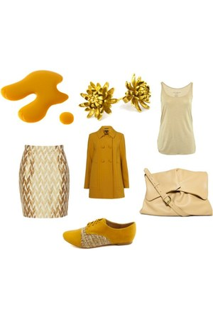 cream off-white Boticca purse - mustard large buttons Miss Selfridge jacket