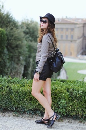 free people hat - backpack Dannijo bag - Marc by Marc Jacobs sunglasses