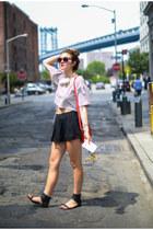 liza Dannijo bracelet - Lypton purse - LAGENCIE shorts