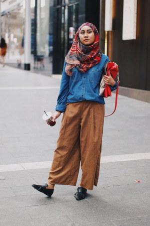 fringed Mango loafers - menswear Pull & Bear shirt - Natural Beauty Basic bag