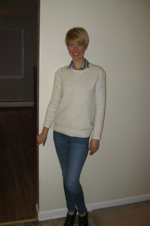 Jcrew sweater - brown shooties bare traps shoes - skinny Guess jeans