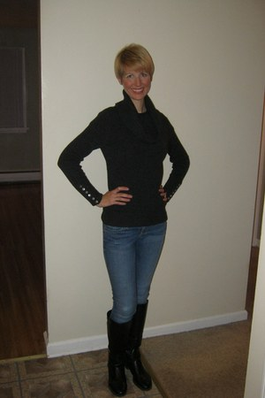 black etienne aigner boots - skinny Guess jeans - gray Tweeds sweater
