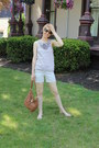 Khaki-jcrew-shorts-tortoise-shell-ray-ban-sunglasses-silver-jcrew-sandals