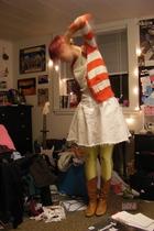yellow American Apparel leggings - white vintage skirt - white Charlotte Russe s