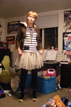 white skirt - purple HUE tights - black VonMaur top - black socks - brown neckla