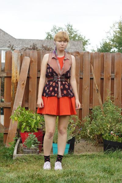 tan Lush top - orange Cooperative dress - black Betsey Johnson socks