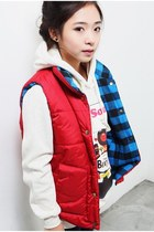 red Buner vest - white FX sweater