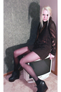 Gray-minkpink-sweater-black-aerie-bra-black-acne-shoes-brown-vintage-scarf