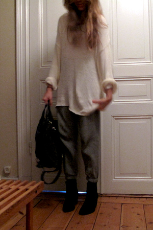Monki sweater - nike pants - APC accessories - Nilson shoes