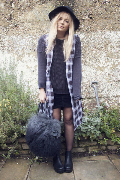 vagabond boots - Topshop hat - River Island bag - Monki skirt - Monki jumper