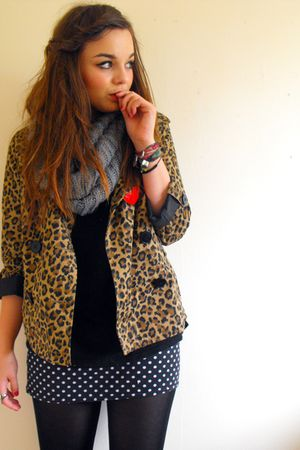 black polka dot print Primark skirt - brown H&amp;M coat - gray Peacocks scarf