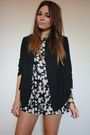 Black-topshop-blazer-gray-primark-shorts-gold-zara-taylor-accessories