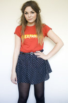 ruby red hulkamania hulkamania t-shirt - navy spotted H&M skirt