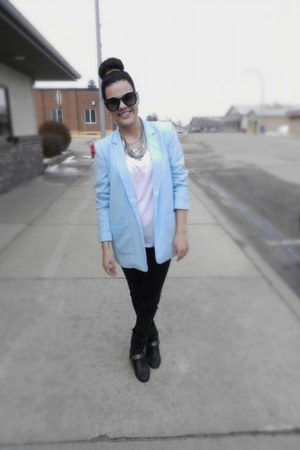 light blue Forever 21 blazer - Urban Outfitters sunglasses