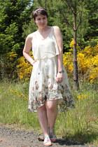 white kohls sandals - eggshell Forever 21 dress