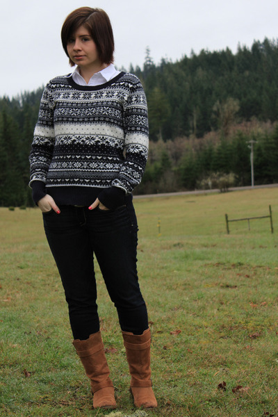 Men's Navy Fair Isle H&M Sweaters, Brown Old Navy Boots, Navy ...
