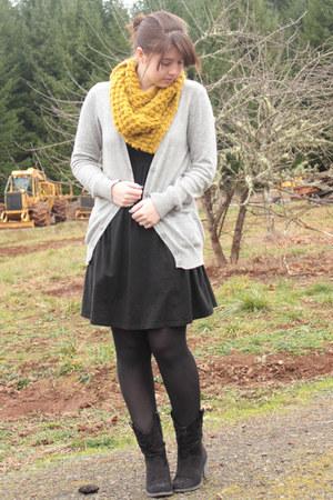 black cowboy boots Rocketdog boots - black Target dress - mustard SwayChic scarf