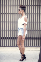 District top - vintage shorts - shoemint sandals