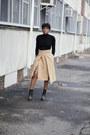 River-island-boots-zara-skirt