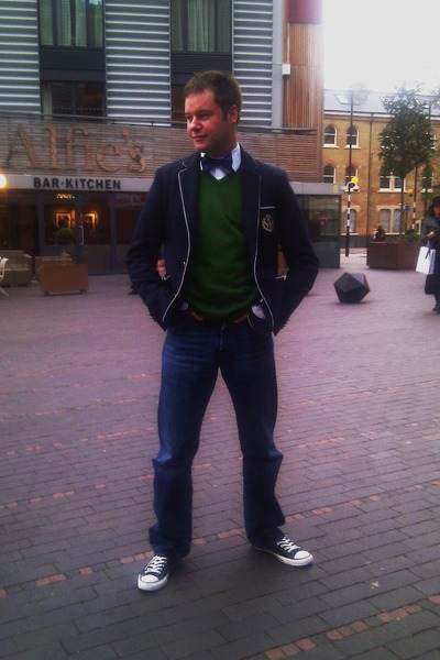white Converse shoes - navy Hugo Boss jeans - navy Zara men blazer - forest gree