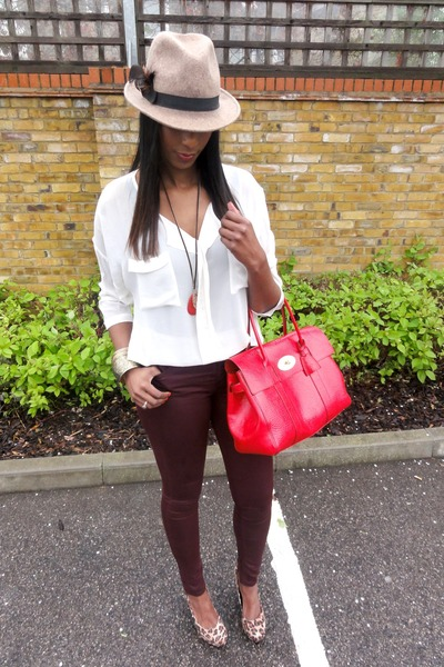 273b8ffa57a Maroon Topshop Jeans, Tan Topshop Hats, Red Mulberry Bags