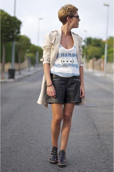 beige Zara jacket - black leather shorts Zara shorts