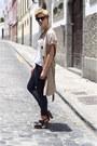 Black-mango-jeans-black-michael-kors-sunglasses-tan-bimba-lola-vest