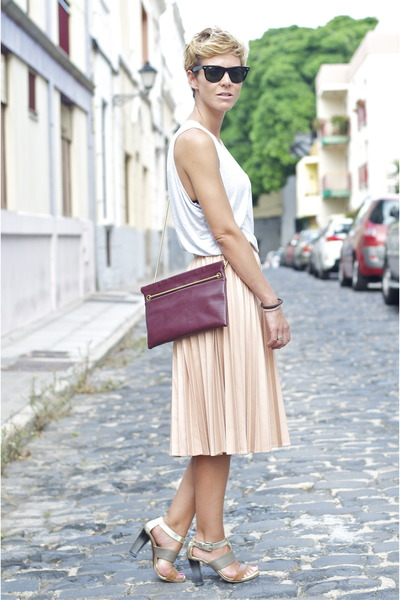 light pink Zara skirt - maroon leather Zara bag - dark brown ray-ban sunglasses