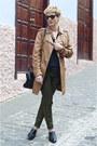 Bronze-leather-jacket-pepe-jeans-coat-black-zara-bag-black-zara-t-shirt