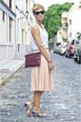 Maroon-leather-zara-bag-dark-brown-ray-ban-sunglasses-light-pink-zara-skirt
