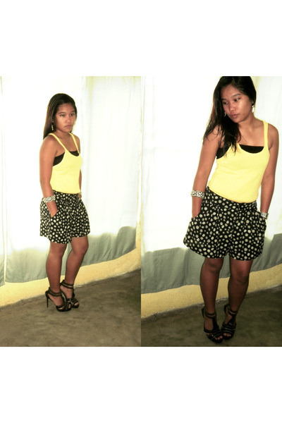 sunflower skirt H&M shorts - Mango blouse