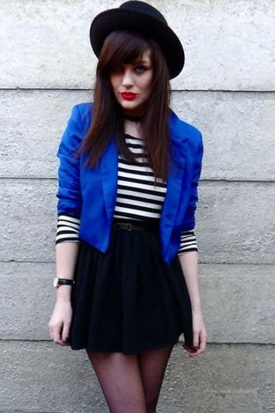 blue blazers black hats shirts black skirts quot