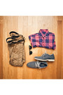 Sperry-shoes-j-crew-shirt-ray-ban-sunglasses-levis-pants