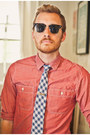 Stantorian-bed-stu-shoes-chambray-j-crew-shirt-clubmaster-ray-ban-sunglasses